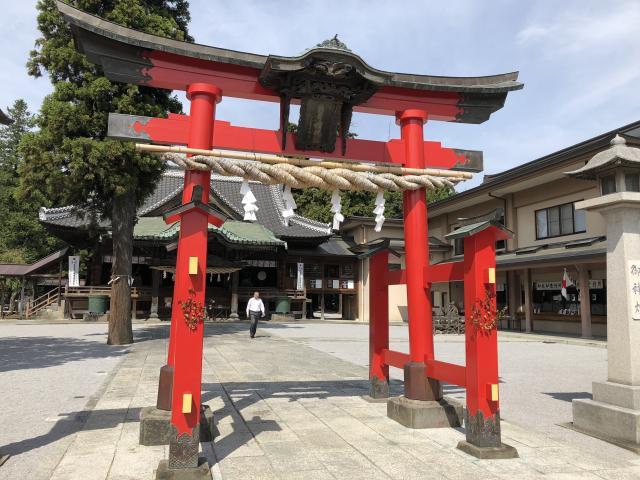 埼玉県箭弓稲荷神社の鳥居