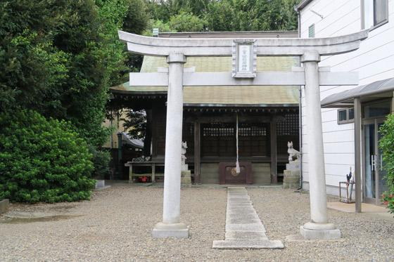 埼玉県十二月田稲荷神社の鳥居