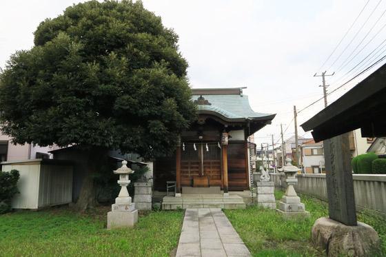 埼玉県朝日稲荷神社の本殿