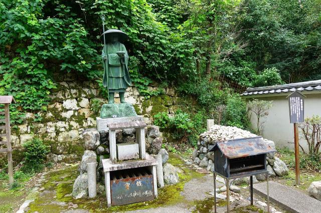 来迎院(泉涌寺塔頭)の像