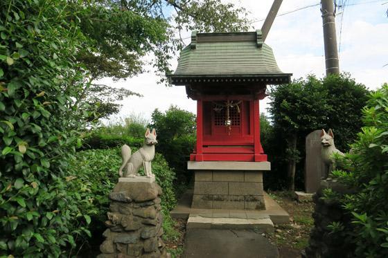 埼玉県下組八幡稲荷神社の本殿