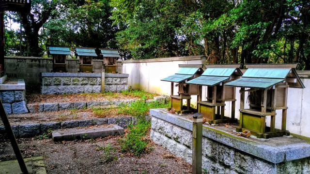 津島神社の末社