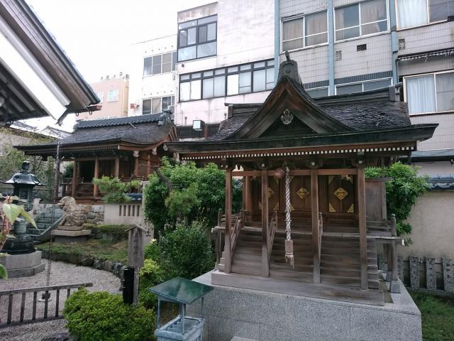 福井県柴田神社の本殿