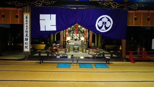 岐阜県善光寺の本殿