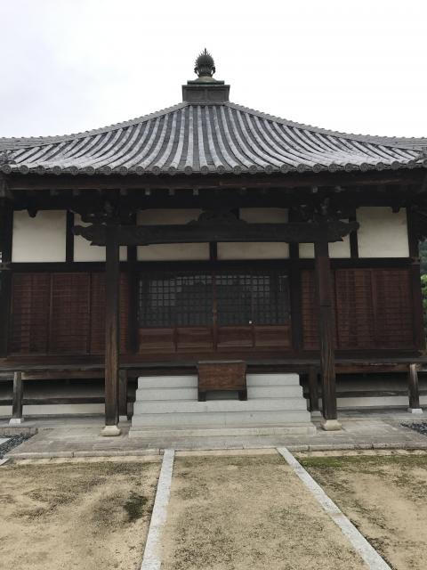 岡山県普賢院の本殿