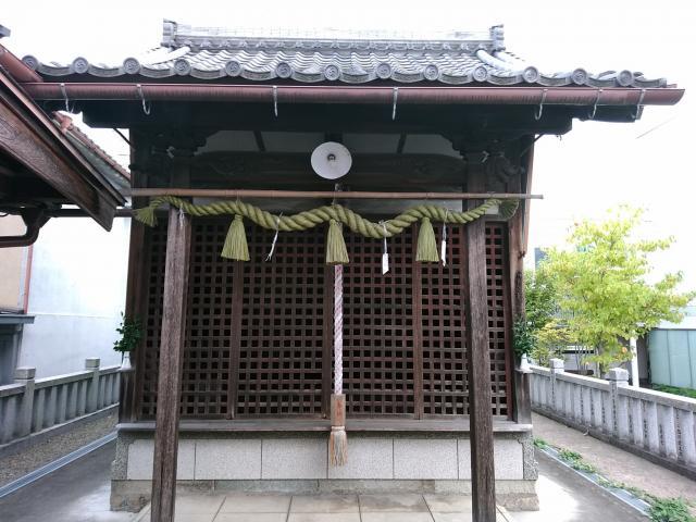 道官稲荷神社の本殿