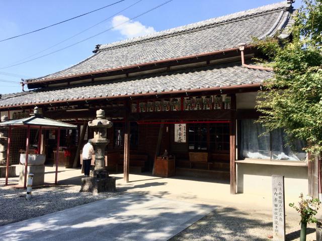 愛知県弘法山 遍照院の本殿
