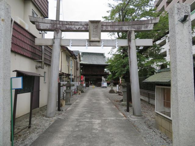 山梨県穴切大神社の鳥居