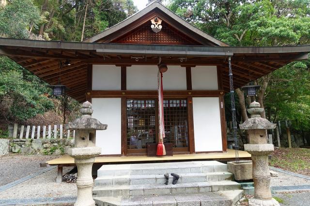 大阪府春日神社の本殿