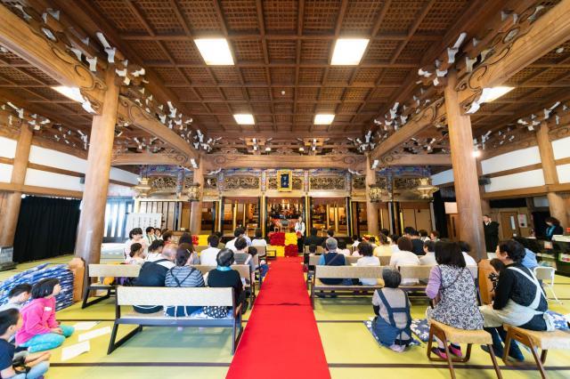 富山県善巧寺の本殿