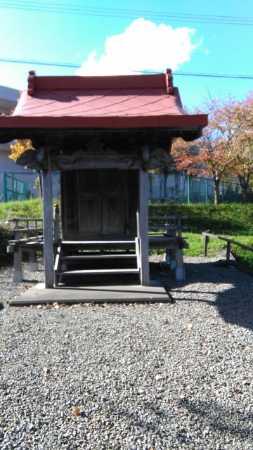 下の沢神社の本殿
