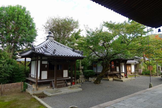 法観寺の本殿