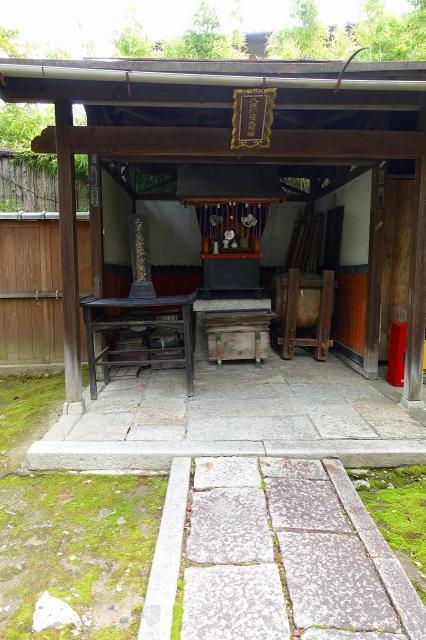京都府法観寺の本殿