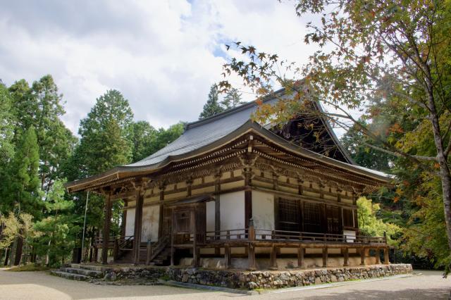 京都府神護寺の本殿