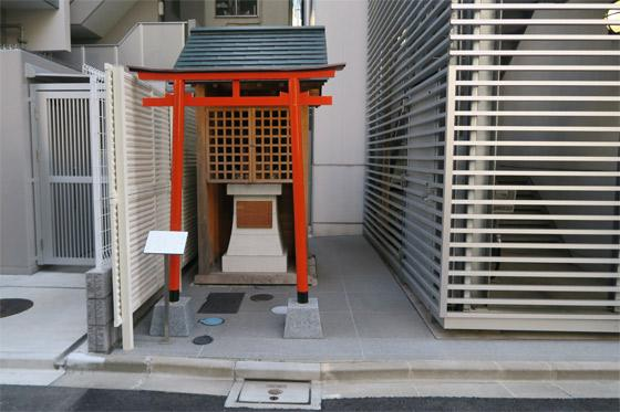 両社稲荷神社の本殿
