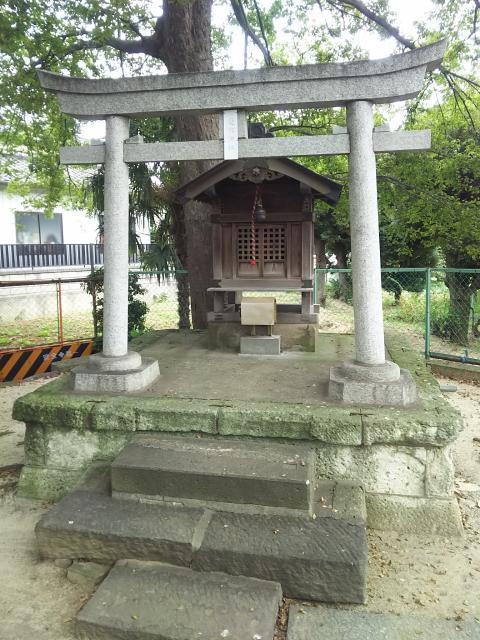 愛宕神社(蒲生一里塚)(埼玉県新田駅) - 鳥居の写真