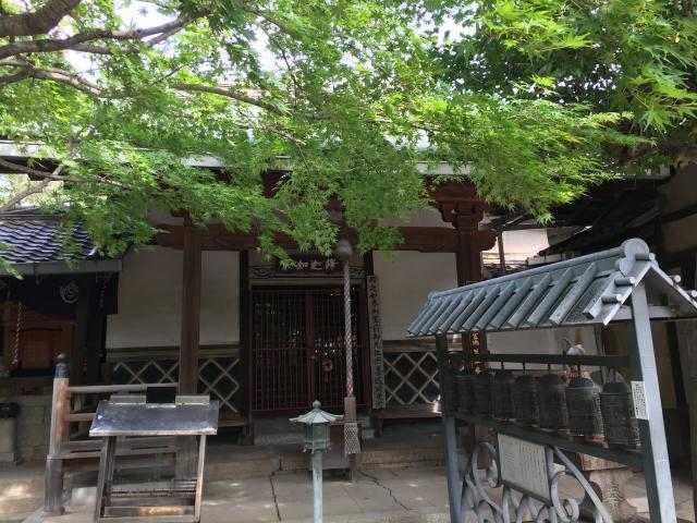 大阪府正圓寺の本殿