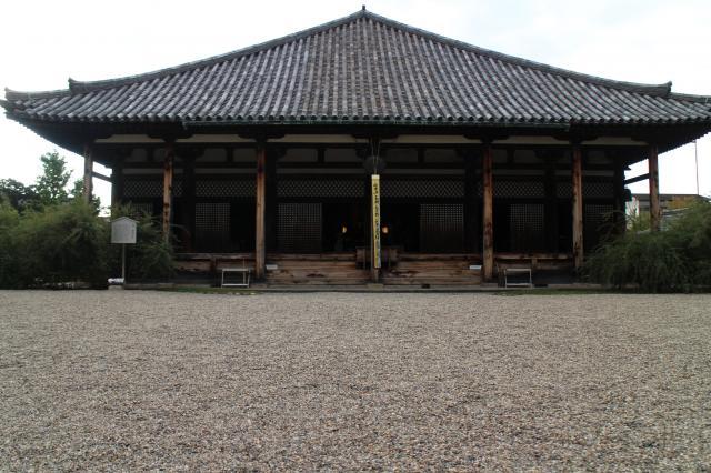 奈良県元興寺の本殿