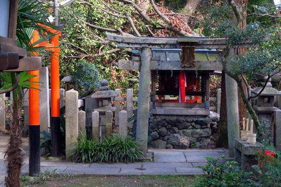 白雲神社の末社