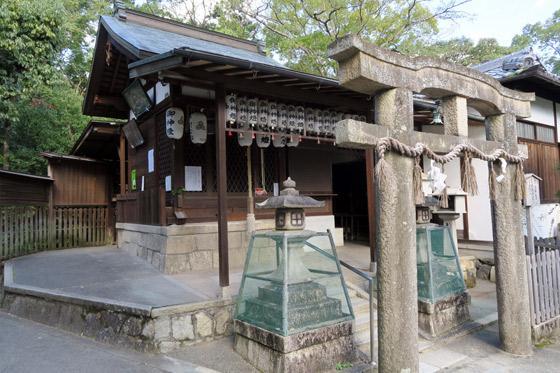 京都府厳島神社の本殿
