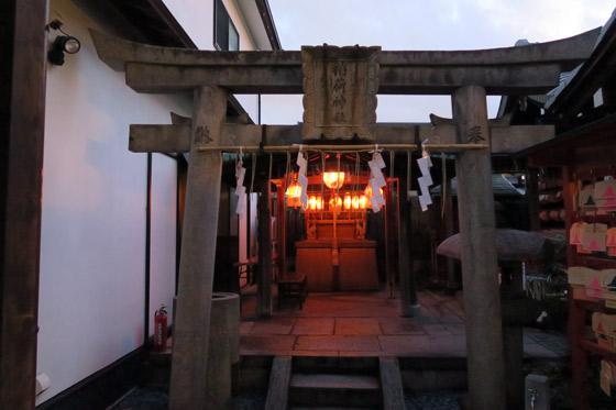 京都府市比賣神社の鳥居