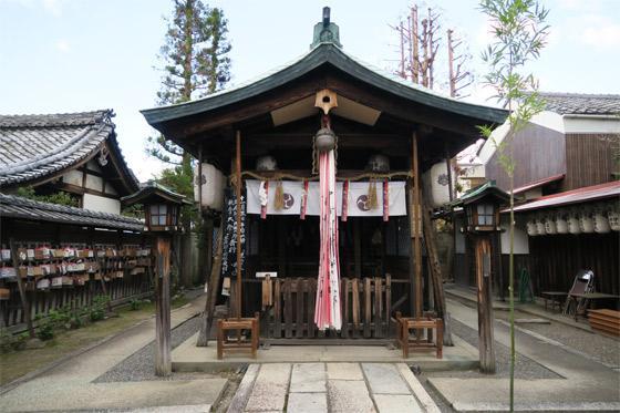 京都府剣神社の本殿