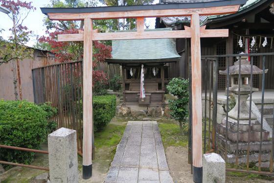 京都府剣神社の末社