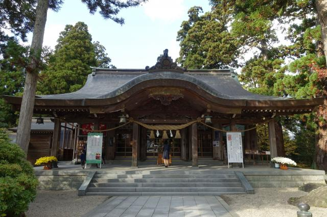 高瀬神社の本殿