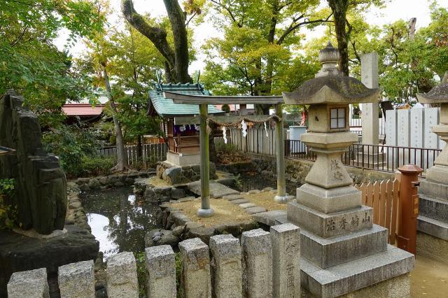 石切劔箭神社(大阪府新石切駅) - 末社・摂社の写真