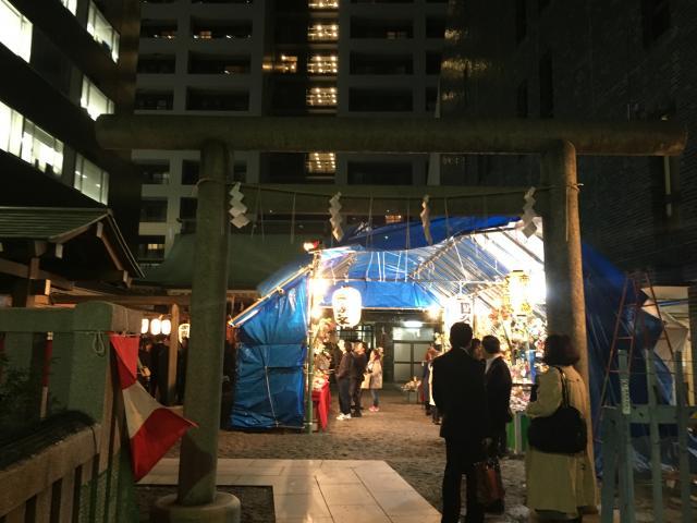 東京都宮益御嶽神社の鳥居