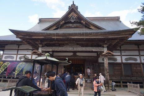 岩手県中尊寺の本殿