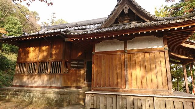 三柱神社の写真