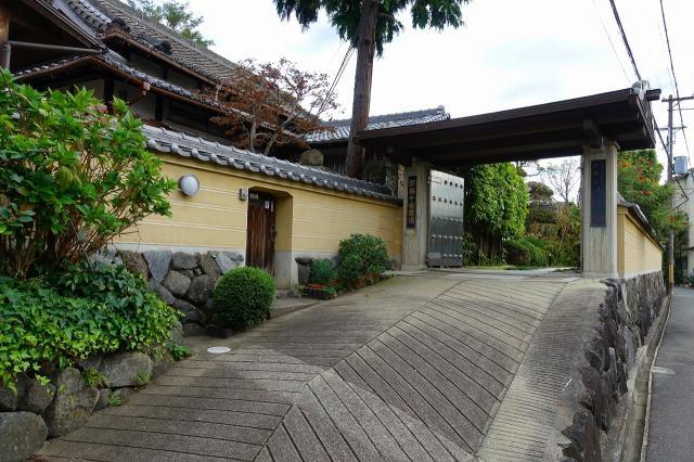 大阪府千手寺の山門