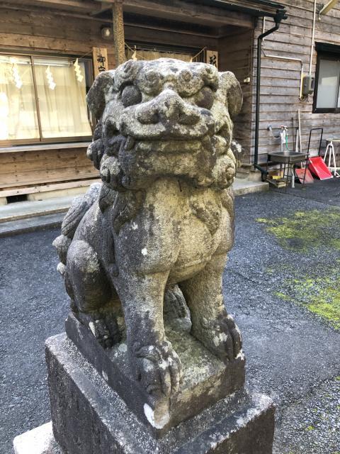 花松神社の狛犬