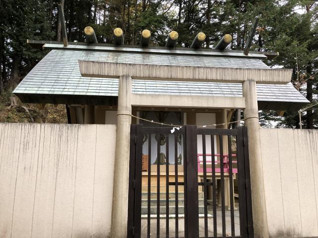 東京都小河内神社の本殿