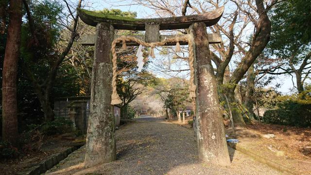 妻山神社の鳥居