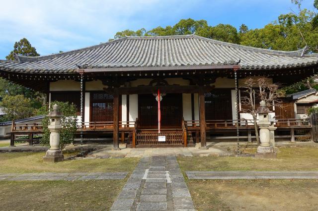 奈良県菩提院の本殿