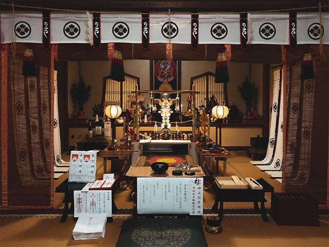 神谷稲荷明神社の本殿