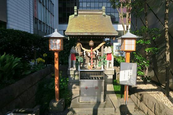 東京都有楽稲荷神社の建物その他