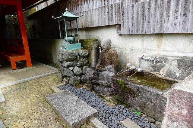 一乗寺降魔不動明王の仏像
