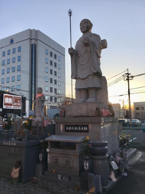 常慶寺の像
