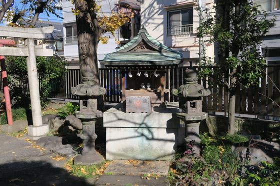 熱田神社の末社