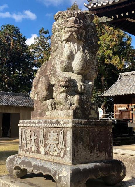 豊津神社の狛犬