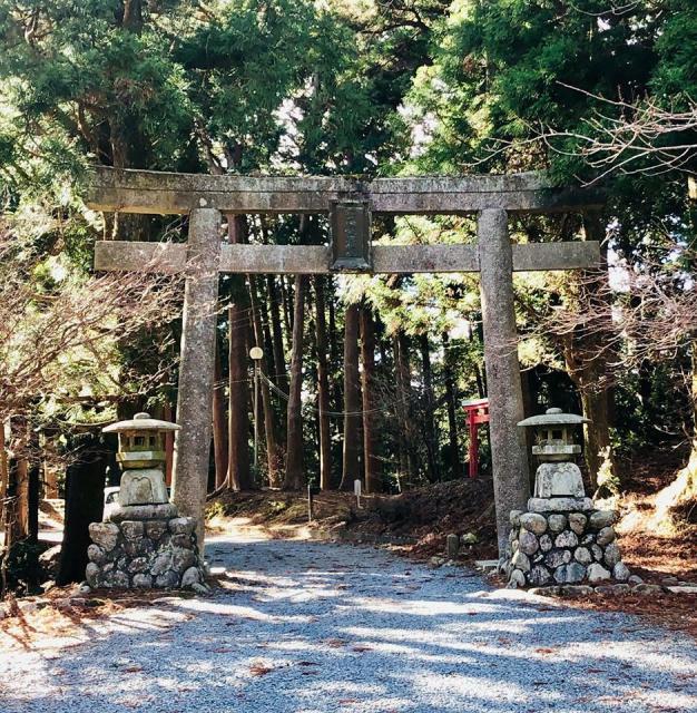 愛知県砥鹿神社(奥宮)の鳥居