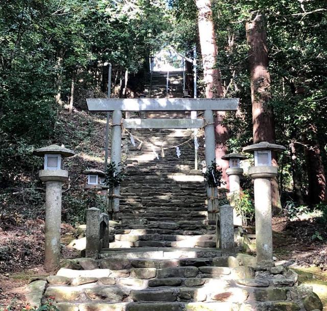 愛知県籰繰神社の鳥居