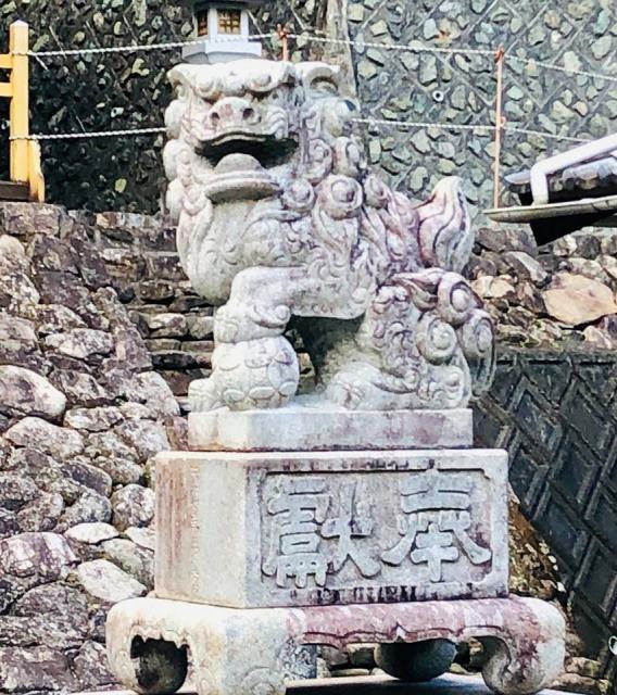 籰繰神社の狛犬